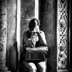 pray-church-b&w-photoshop-ortodox-emotions