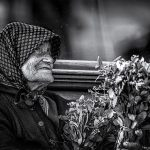 woman-flowers-b&w-hungary