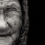 woman-half-face-bw-photoshop